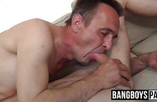 男は喉にハード出会い系サイトの彼女を性交します。 エッチ 動画 女性 向け 無料